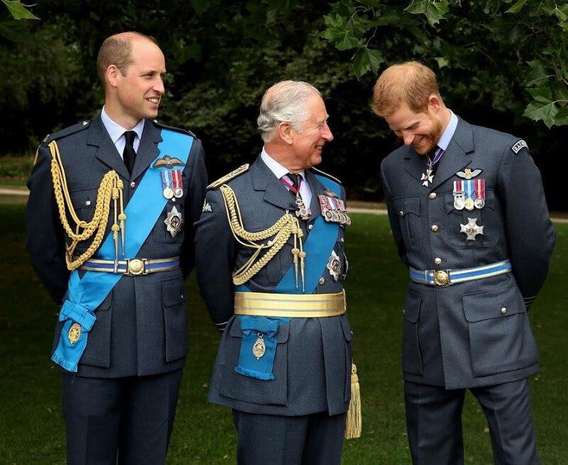 William, Carlos y Harry