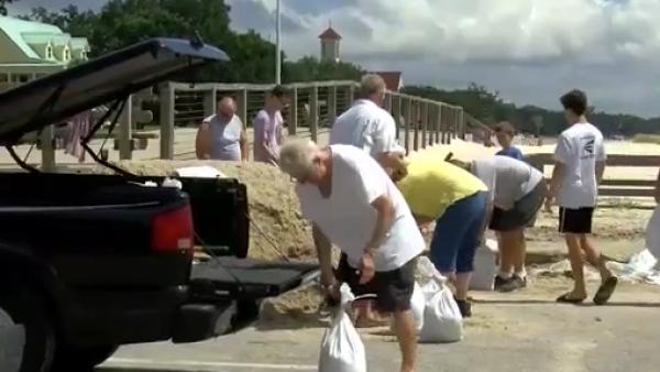 Estados Unidos ya se prepara para recibir a Gordon en forma de huracán