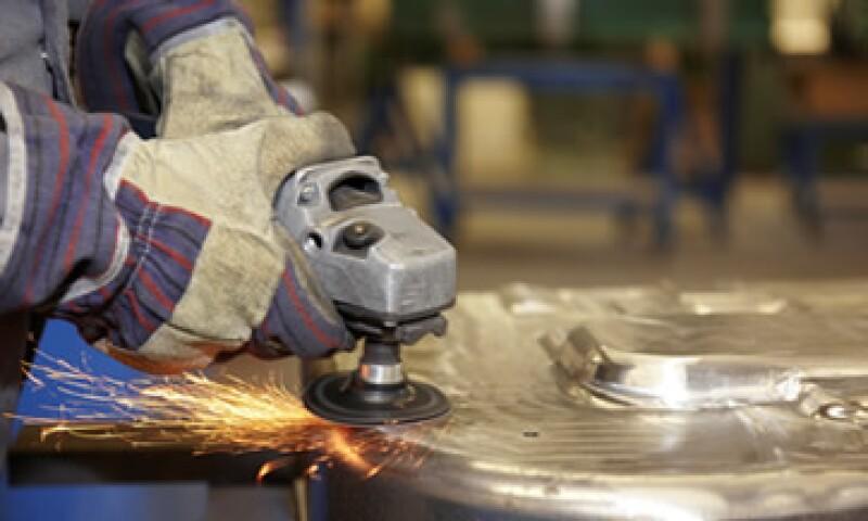 En el ramo de la manufactura, la actividad cayó 0.67% en junio pasado. (Foto: Photos to Go)