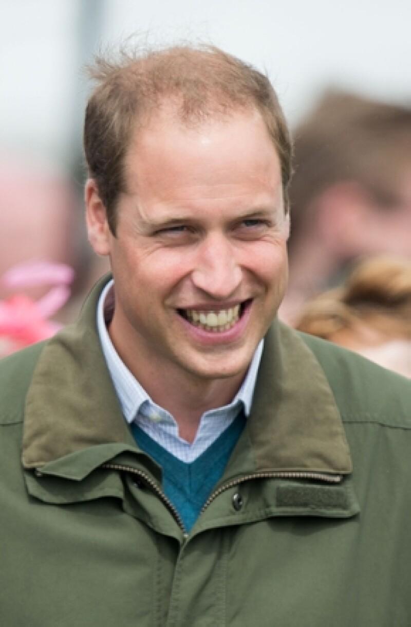 Refiriéndose al príncipe George, el hijo de la princesa Diana habló en un evento del condado de Anglesey de sus primeros días como padre, los cuales le recordaron sus inicios en la Real Fuerza Aérea.
