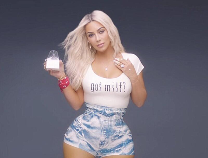 Para el nuevo video de Fergie, Kim asegura sólo haber utilizado un corset para adelgazar su cintura, misma que dio de qué hablar por sus extrañas proporciones.