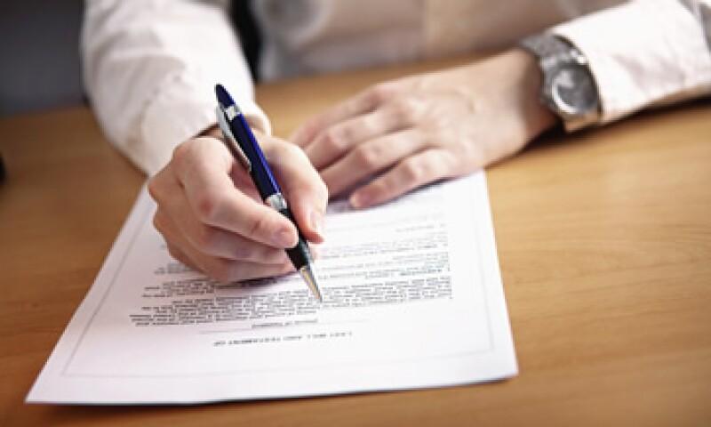 Lo primero que hay que hacer al planear es recurrir a un notario. (Foto: iStock by Getty Images. )