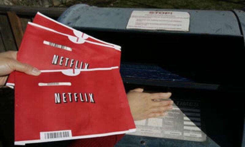 Las acciones de Netflix trepaban un 14.6% a las 1950 GMT a 79.78 dólares, tras el anuncio. (Foto: AP)