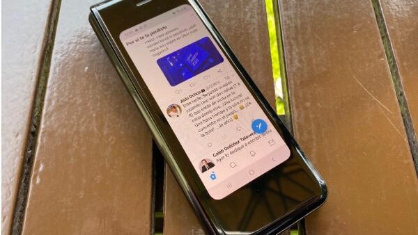 Doble pantalla con múltiples usos