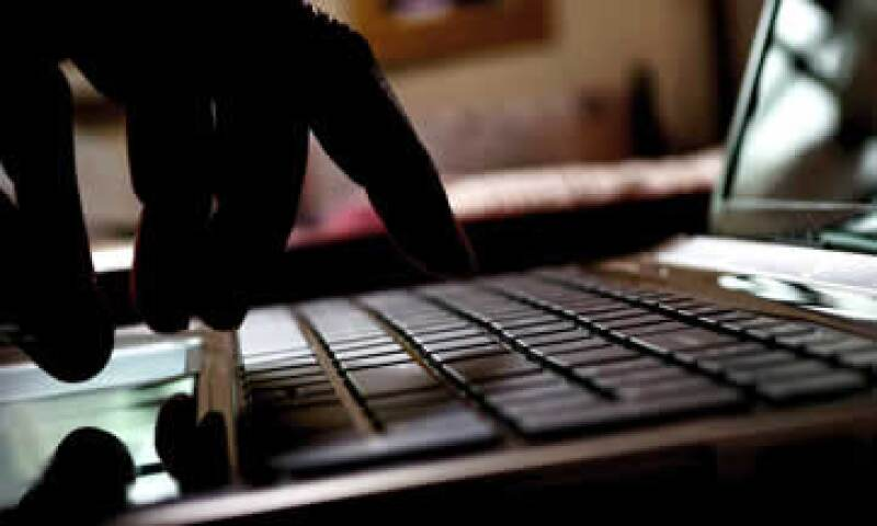 Los piratas usaron presuntamente la aplicación Buscar para bloquear las pantallas. (Foto: Getty Images)