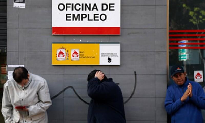 La economía española acumula siete trimestres consecutivos en contracción. (Foto: Reuters)