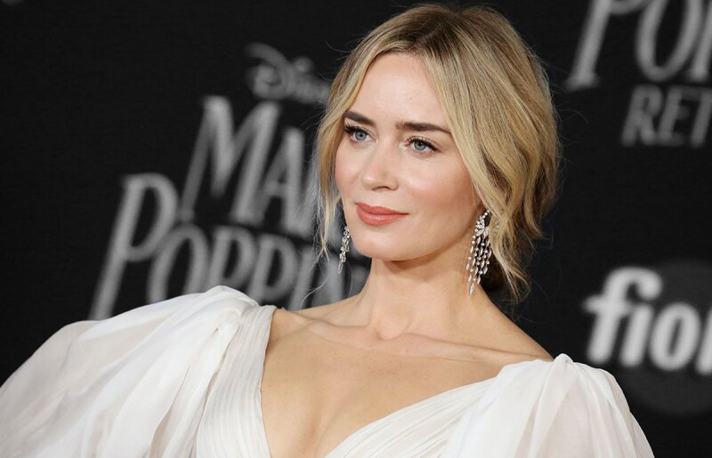 Emily-Blunt-Mary-Poppins-Estreno-Red-carpet