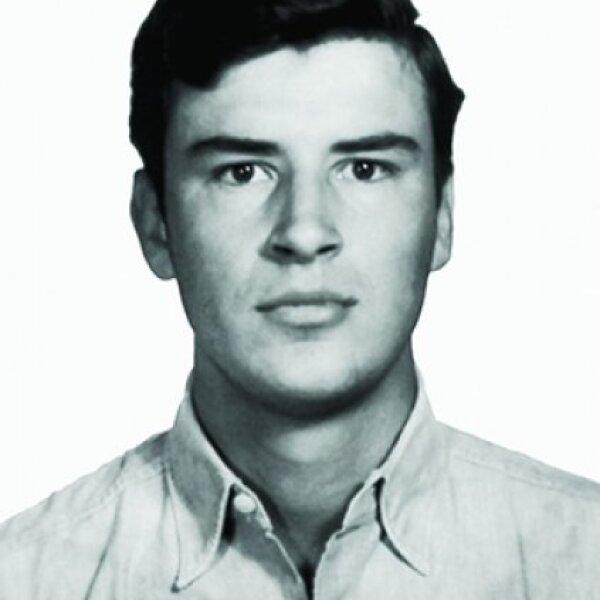 1963. 21 años