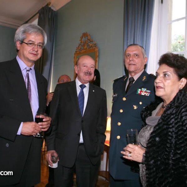 Eduardo Echach,Julio Millán,Salvador Cienfuegos,Bertha Gutiérrez