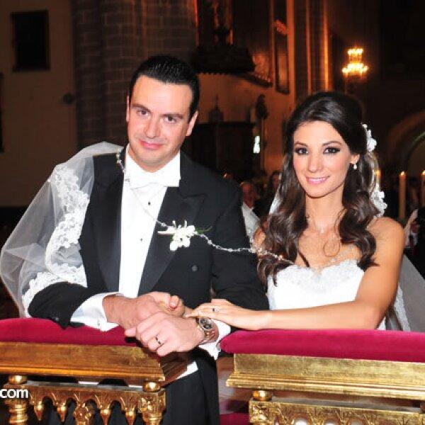 Mauricio Vega,Marcela García