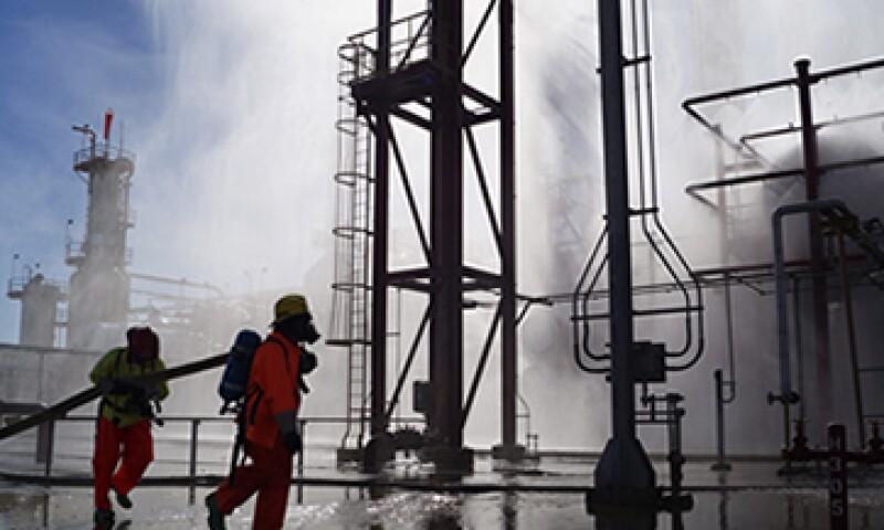 El menor procesamiento de Pemex coincide con una baja en la producción de petróleo de México. (Foto: Cuartoscuro )