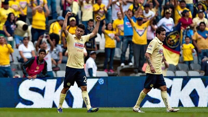America, Oribe Peralta vs Morelia
