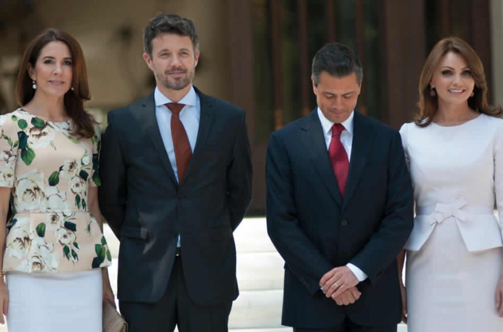 peña nieto y rivera reciben al principe de dinamarca y su esposa