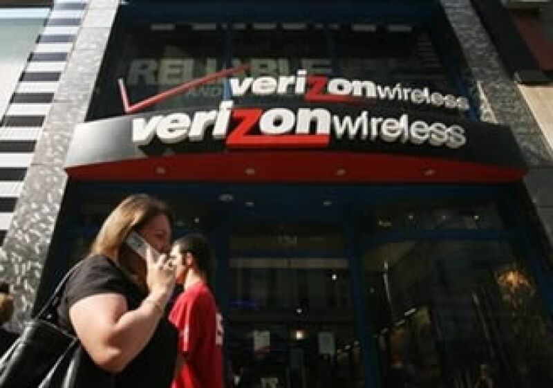 Verizon Wireless se une a la batalla para ganarle mercado a Apple. (Foto: AP)