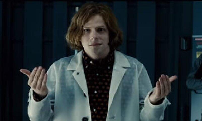 Al final la verdadera amenaza serán los planes de Luthor, según el nuevo tráiler de la película. (Foto: YouTube/Jimmy Kimmel Live)