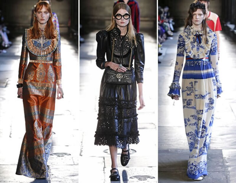El director creativo de Gucci impuso cuellos victorianos en su colección.