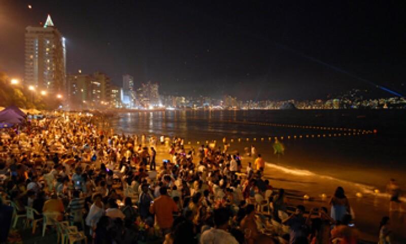 El destino más visitado por los capitalinos será Acapulco, según la encuesta de Master Research. (Foto: Notimex)