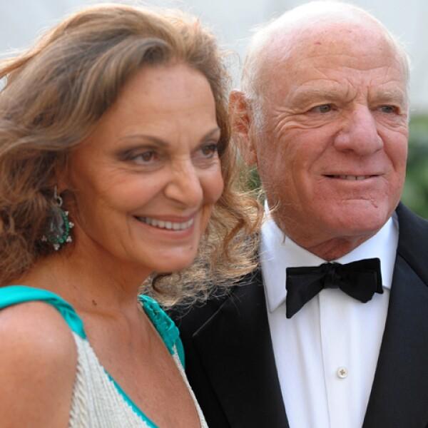 Ella ha vestido a infinidad de celebridades, mientras su marido ha creado su imperio produciendo películas y programas de televisión. Juntos, Diane von Furstenberg y Barry Diller se valúan en $1.3 billones.