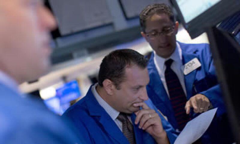 El Dow Jones bajaba 0.05% este martes. (Foto: Reuters)
