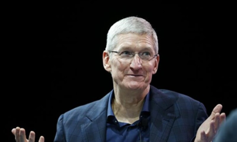 Tim Cook reveló su orientación sexual en un texto que redactó en Bloomberg Businessweek. (Foto: Reuters )