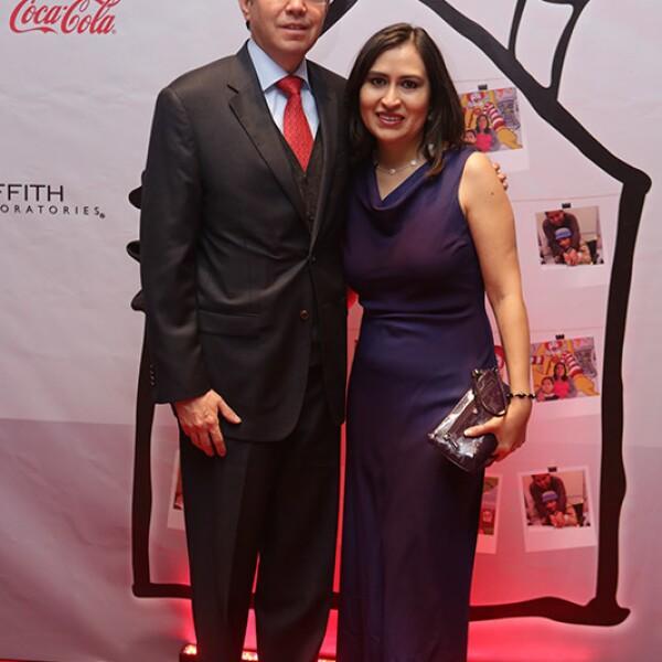 Alfonso Dávalos e Ivonne Ceja