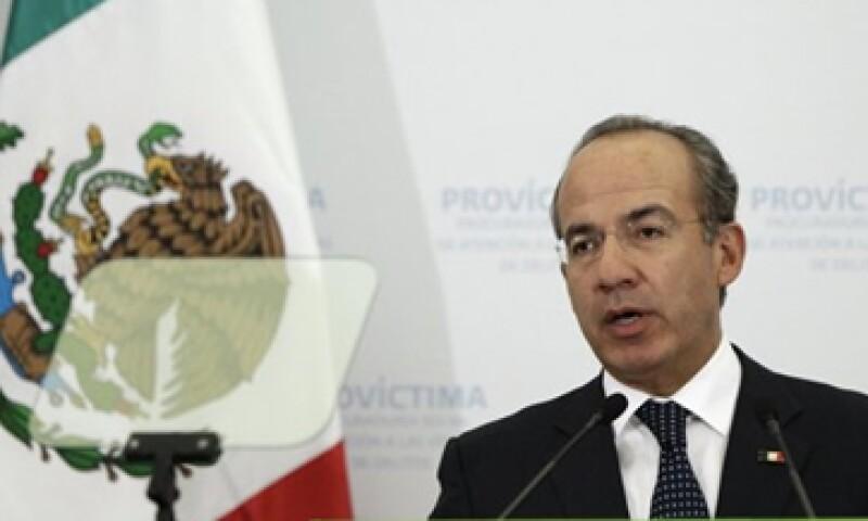 El presidente Felipe Calderón, dijo que la reforma a la ley de contabilidad ayudará a saber cuánto gastan los Gobiernos. (Foto: Reuters)