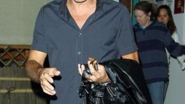 George Clooney y Tom Hanks pidieron a los miembros del  Sindicato de Actores de Pantalla de Estados Unidos votar Sí al nuevo contrato con los grandes estudios de Hollywood, luego de una larga disputa