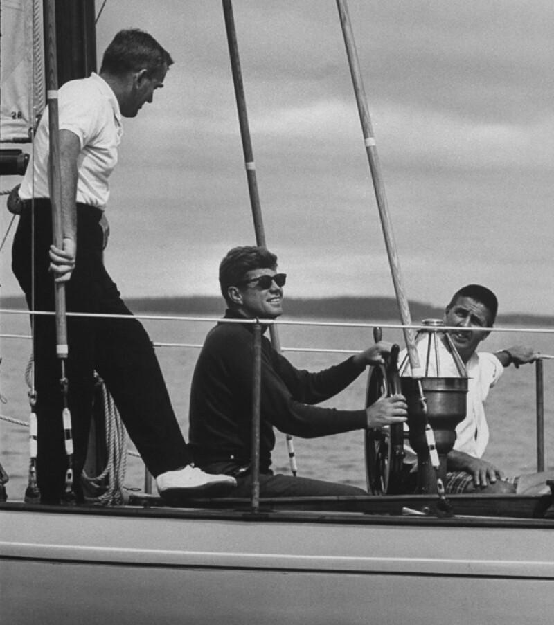 En su tiempo libre Jack disfrutaba de navegar en su velero.
