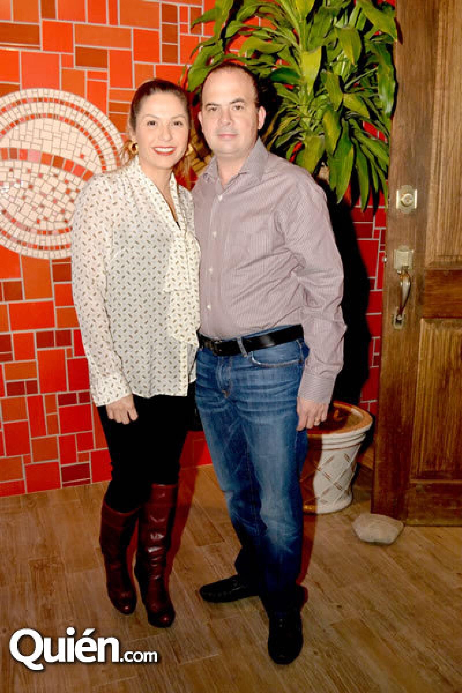 Cynthia Villarreal y Rolando González
