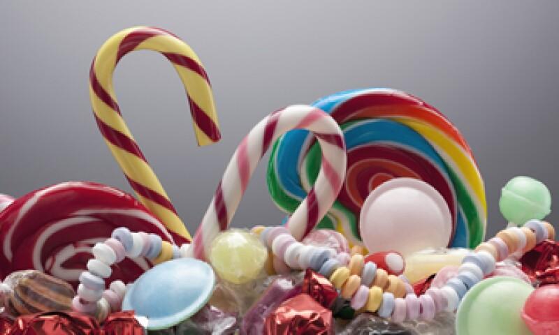 Los fabricantes de dulces se verán afectados por el retiro de la publicidad en televisión y cines.(Foto: Getty Images)