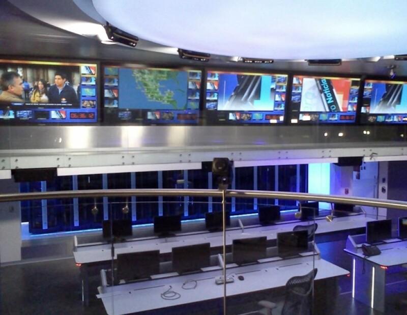 Carlos mostró, en su cuenta de Twitter, cómo quedó el Centro Operativo de Noticieros Televisa.