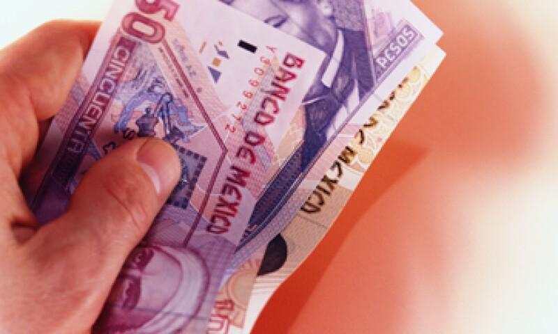 Depositar tu aguinaldo en tu subcuenta de aportaciones voluntarias te dará intereses que van por encima de la inflación. (Foto: Getty Images)