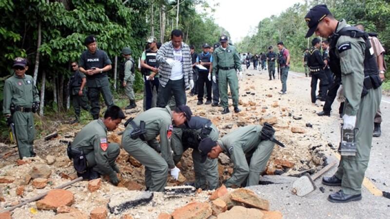 tailandia, ejercito, insurgentes, militares, base, ataque, narathiwat, bacho
