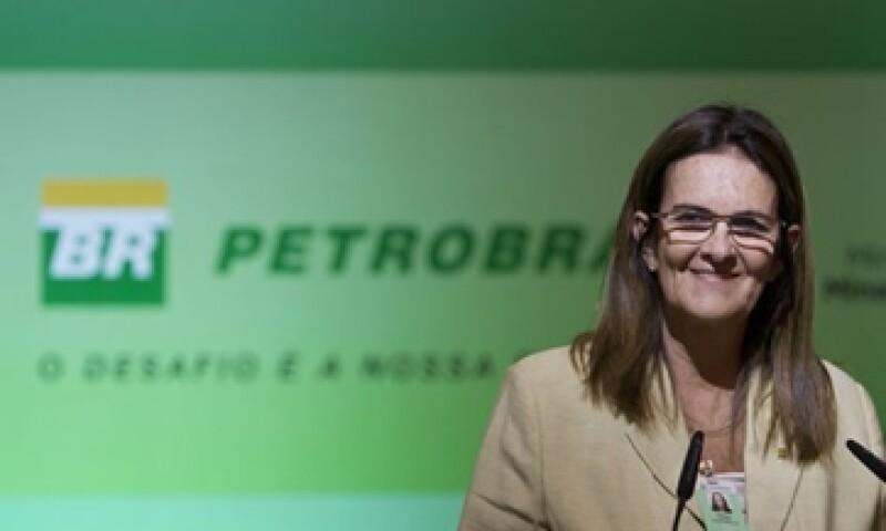 Maria das Gracas Foster se convirtió este año en la primera mujer en dirigir a Petrobras. (Foto: AP)