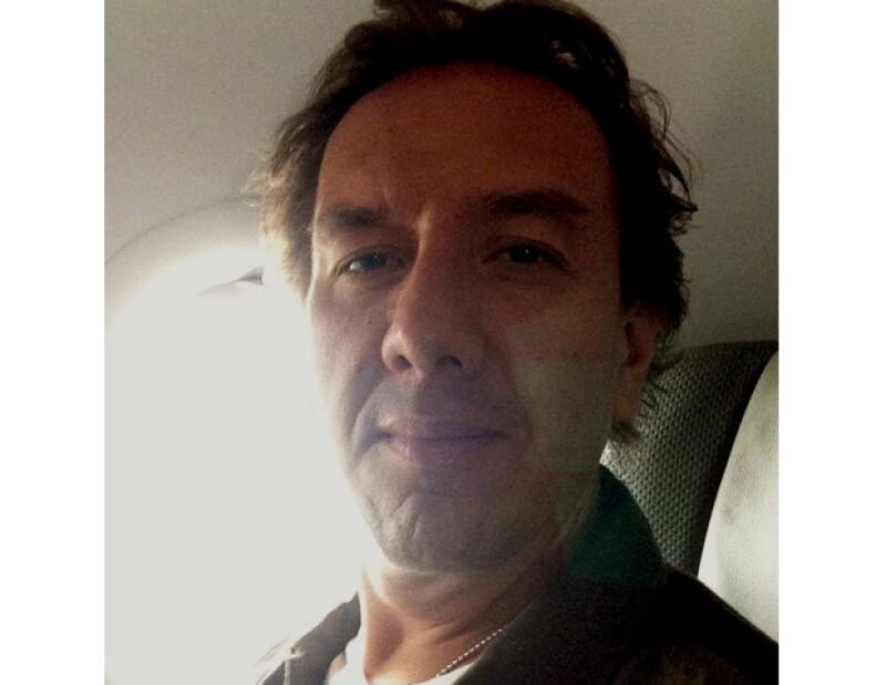 Los tres pequeños retoños del ex gobernador del Estado de México le han robado cámara a sus dos medios hermanos. Aquí te revelamos algunos detalles de su vida actual.