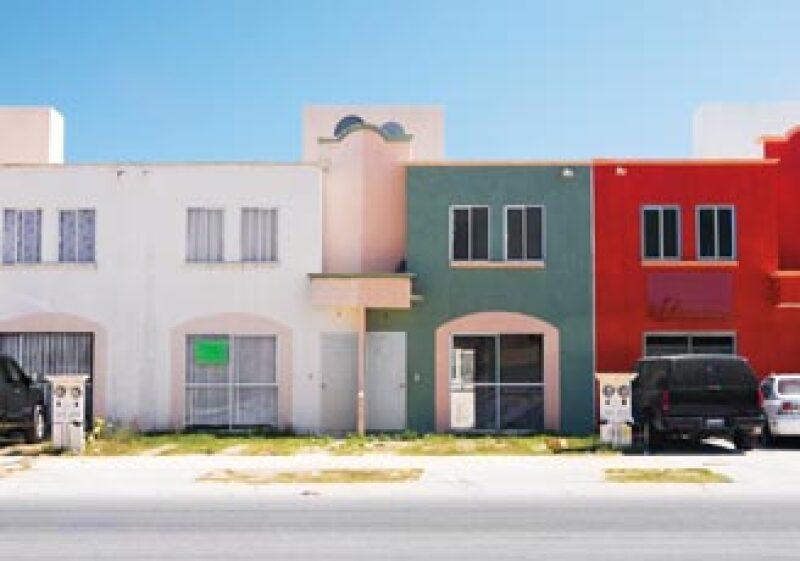 EL CAMINO. En 2008 inició el análisis de la propuesta para crear dimensiones mínimas aceptables para la vivienda económica.  (Foto: Gunther Sahagún)