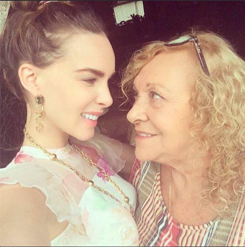 La cantante ha hecho público en varias ocasiones el amor que siente por su abuela.