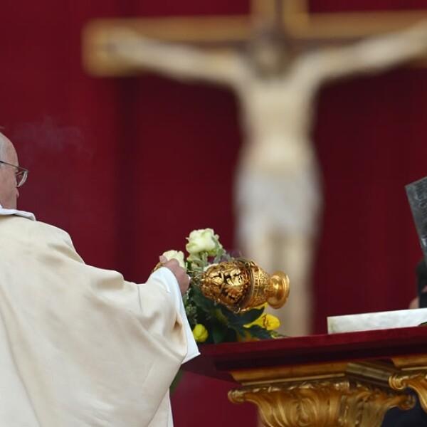exhibicion, restos, san pedro, papa francisco