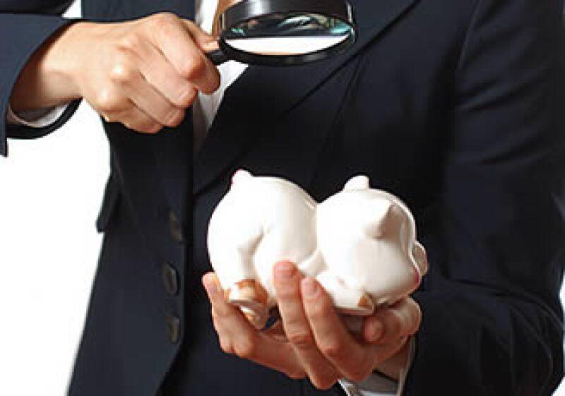 El paquete fiscal para 2010 viene con más impuestos para los contribuyentes cautivos de siempre. (Foto: Especial)