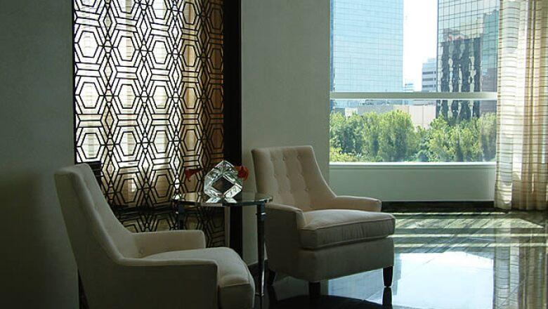 Artistas mexicanos trabajaron gran parte de los materiales utilizados en el diseño interior, la otra parte fue fabricada en diferentes partes del mundo.