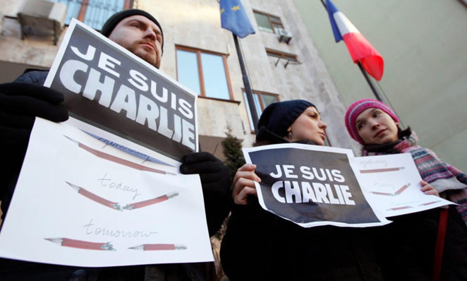 Periodistas ucranianos marcharon en la ciudad de Kiev.