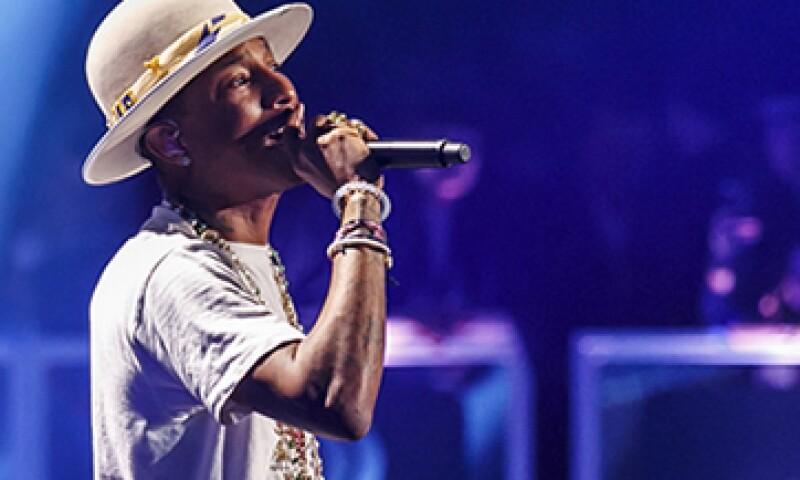 'Happy', de Pharrell Williams registró más de 400,000 descargas en su semana debut. (Foto: Getty Images)