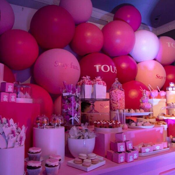 TOUS-x-ELLE-Pastry-Table
