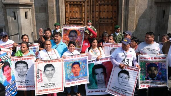 Padres Ayotzinapa.