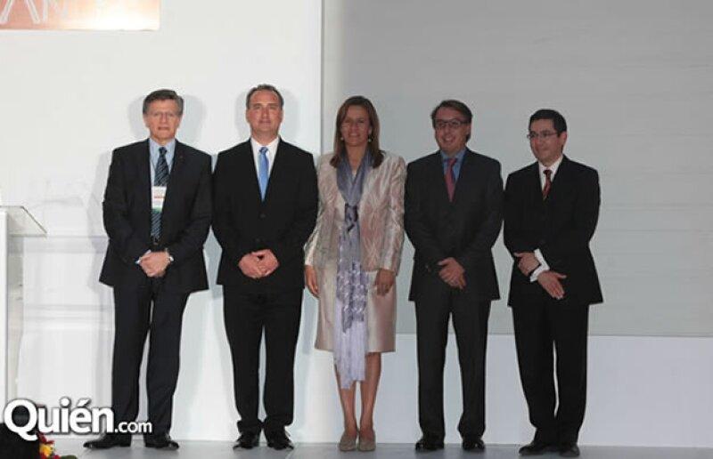 La primera dama de México y el presidente de Televisa estuvieron presentes en la celebración de la asociación que promueve un consumo responsable de alcohol.