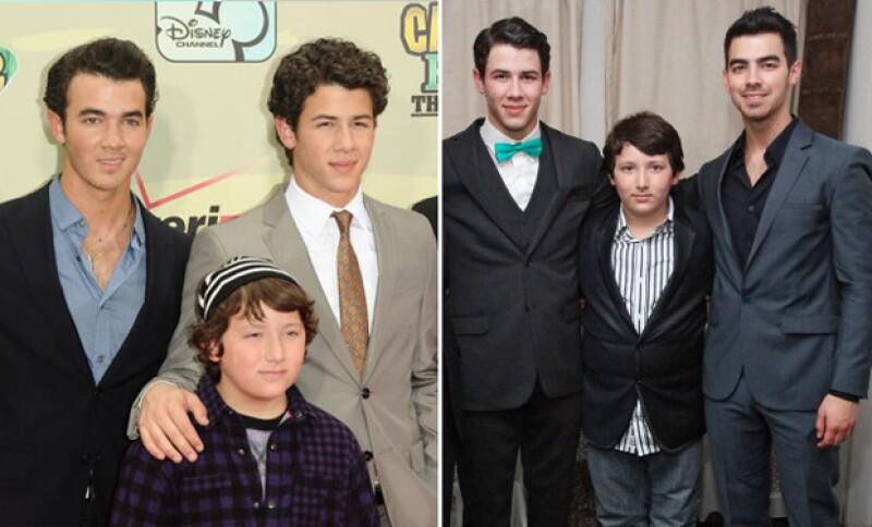 Es el menor de los hermanos Jonas  y ha dado un gran cambio.