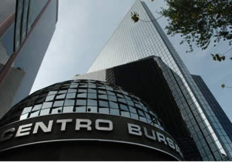 La Bolsa Mexicana registró un volumen de 330.6 millones de acciones. (Foto: EFE)