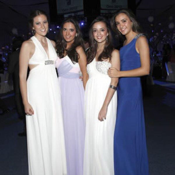 Regina Lavín,Paloma del Cueto,Isabel González y Begoña Olavarri