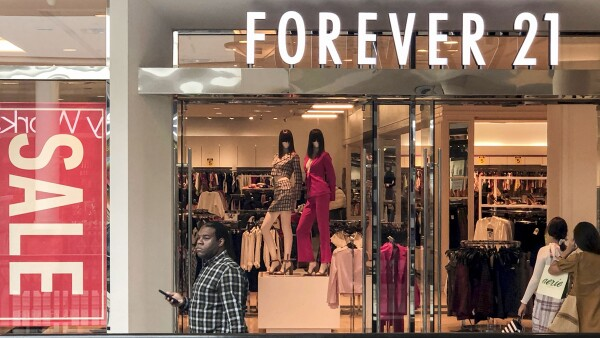 Shoppers enter a Forever 21 fashion retail store at the King of Prussia mall in King of Prussia, Pennsylvania