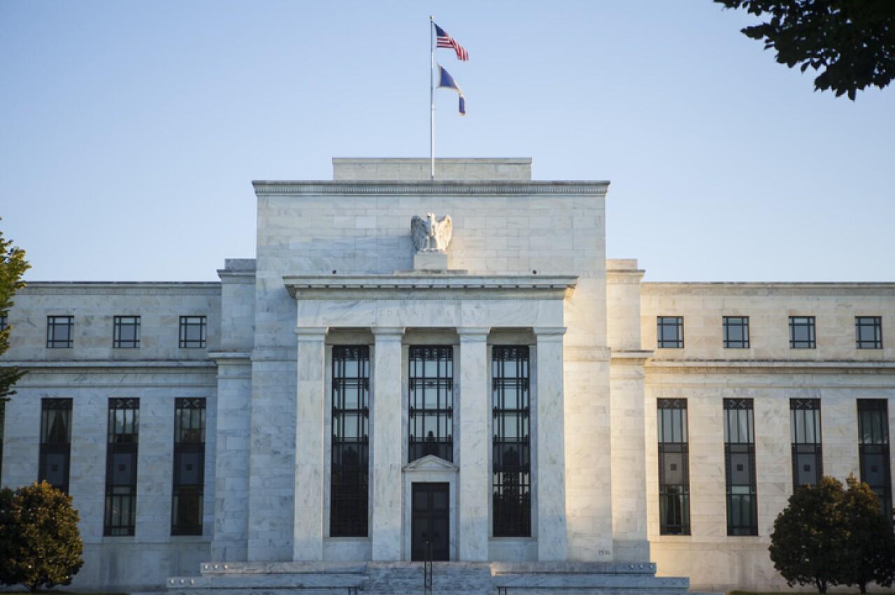 La Fed mantendrá política expansiva con todo y el plan de ayuda de Biden